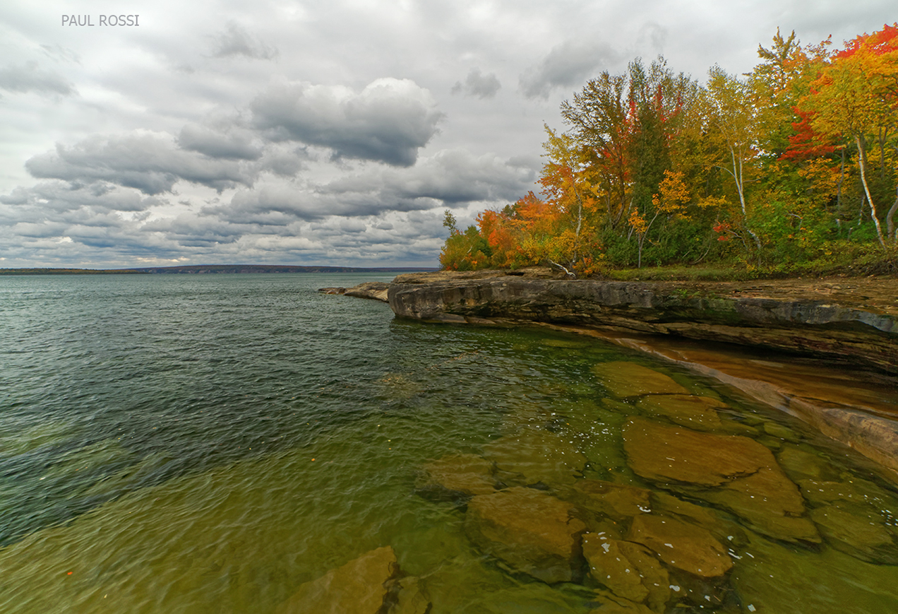 This image has an empty alt attribute; its file name is lake-superior-fall-shoreline-bedrock.jpg